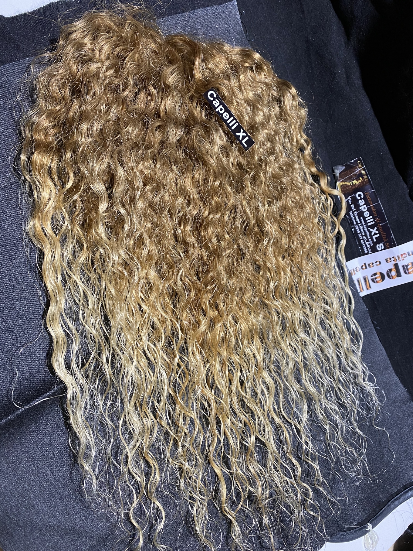 Chiusura Top closure di capelli veri remy piccolo toupet di capelli veri ricci colore sfumato